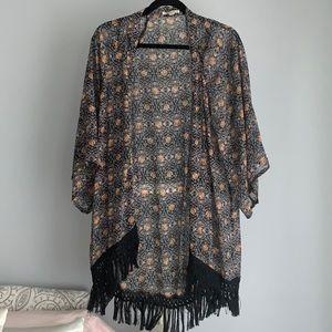 Kimono, fringe ends
